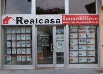 realizzazione-insegne-per-negozi-castano-prima-provincia-novara-milano-varese-01