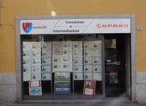 realizzazione-insegne-per-negozi-castano-prima-provincia-novara-milano-varese-06